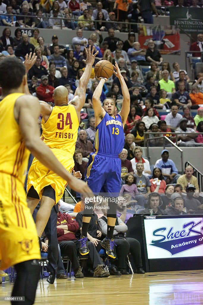 <a gi-track='captionPersonalityLinkClicked' href=/galleries/search?phrase=Seth+Curry&family=editorial&specificpeople=5945068 ng-click='$event.stopPropagation()'>Seth Curry</a> #13 of the Santa Cruz Warriors shoots against Will Frisby #34 of the Fort Wayne Mad Ants during game two of the National Basketball Developmental League Finals at Allen County Memorial Coliseum on April 26, 2014 in Fort Wayne, Indiana.