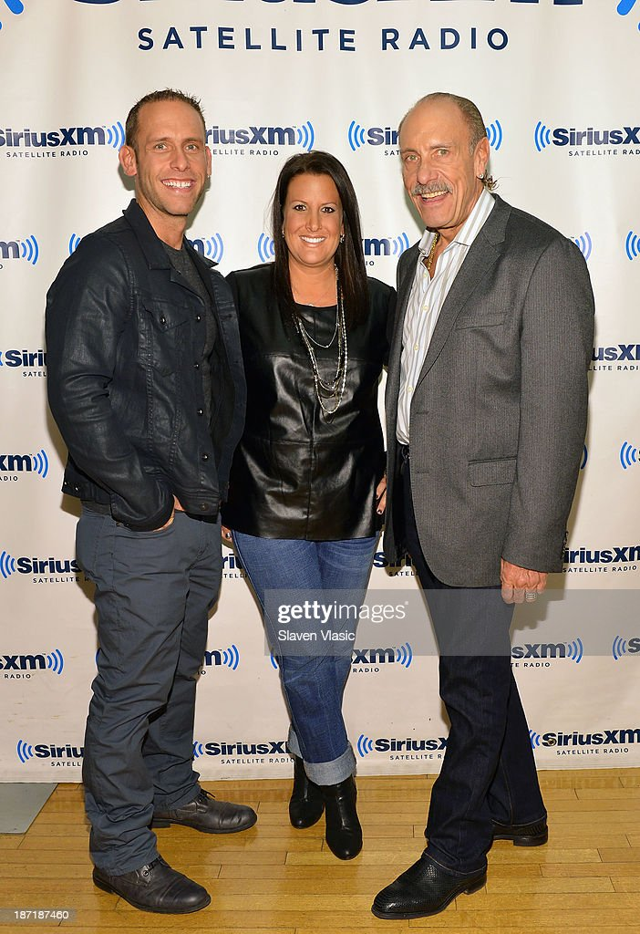 Seth Gold, Ashley Gold and Les Gold of 'Hardcore Pawn' visit SiriusXM Studios on November 6, 2013 in New York City.