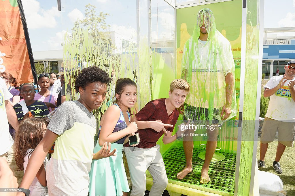 Seth Jones Jaheem Toombs Isabela Moner and Owen Joyner attend Nickelodeon's '100 Things To Do Before High School' And The Nashville Predators...