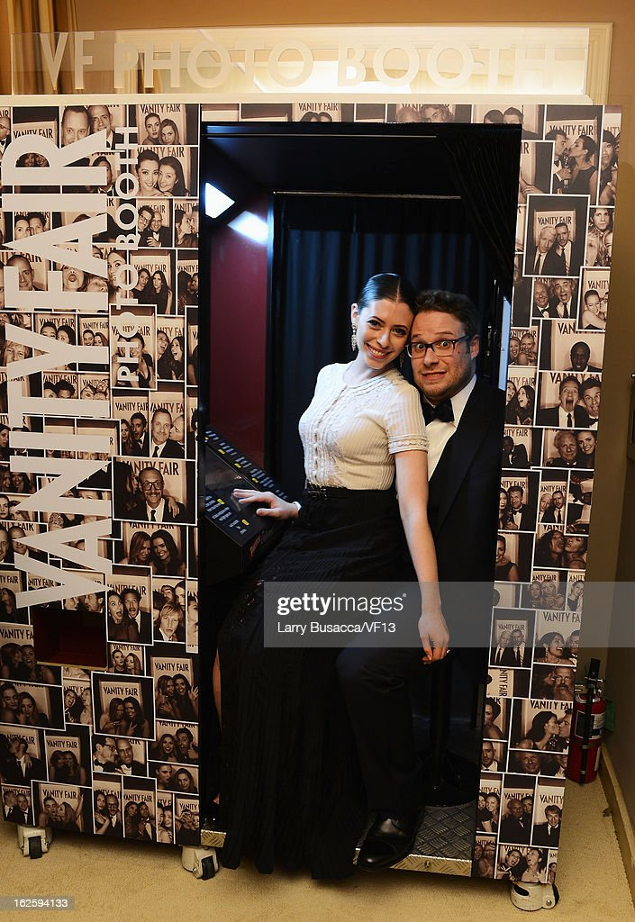 <a gi-track='captionPersonalityLinkClicked' href=/galleries/search?phrase=Seth+Rogen&family=editorial&specificpeople=3733304 ng-click='$event.stopPropagation()'>Seth Rogen</a> and Lauren Miller attend the 2013 Vanity Fair Oscar Party hosted by Graydon Carter at Sunset Tower on February 24, 2013 in West Hollywood, California.