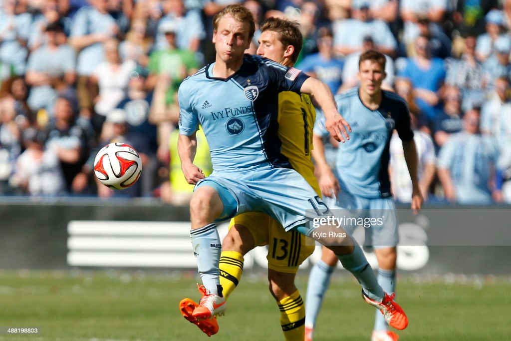 <a gi-track='captionPersonalityLinkClicked' href=/galleries/search?phrase=Seth+Sinovic&family=editorial&specificpeople=6688289 ng-click='$event.stopPropagation()'>Seth Sinovic</a> #15 of Sporting KC steals a pass in front of Ethan Finlay #13 of Columbus Crew May 4, 2014 at Sporting Park in Kansas City, Kansas.