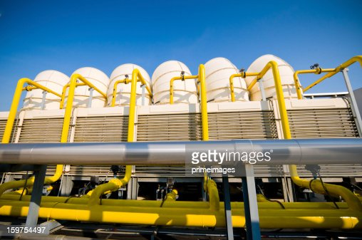 Sets of cooling towers in conditioning systems : Foto de stock