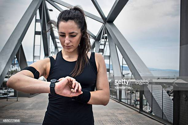 Setting up the smartwatch for the running