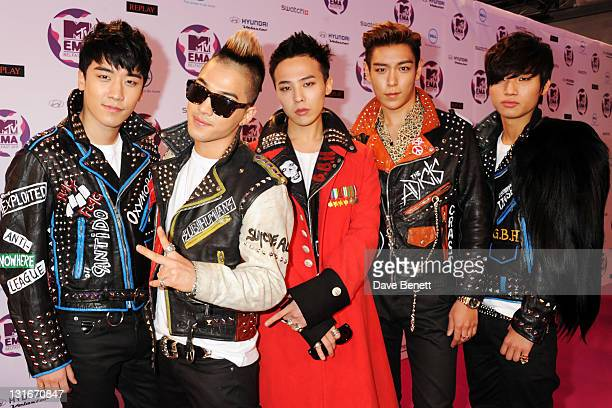 Seungri GDragon Taeyang TOP Daesung of Korean boy band Big Bang attend the MTV Europe Music Awards 2011 at the Odyssey Arena on November 6 2011 in...