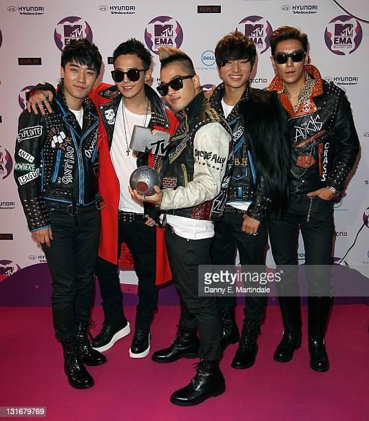 Seungri GDragon Taeyang TOP Daesung of South Korean boy band Big Bang attend the MTV Europe Music Awards 2011 at Odyssey Arena on November 6 2011 in...