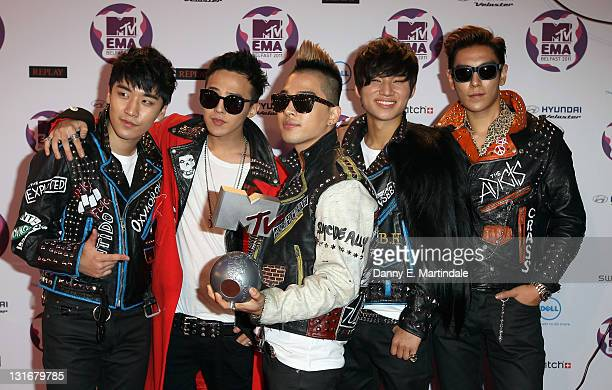 Seungri GDragon Taeyang TOP Daesung of South Korean boy band Big Bang attend the MTV Europe Music Awards 2011 at Odyssey Arena on November 6 2011 in...
