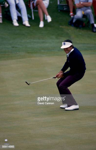 Seve Ballesteros of Spain putts during the 1986 US Masters held on April 12 1986 at the Augusta National Golf Club in Augusta Georgia