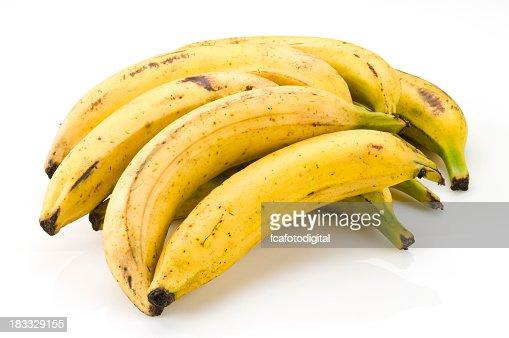 Seven ripe bananas ready to eat