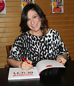 Seventeen EditorinChief Ann Shoket attends a signing for her book the 'Seventeen Ultimate Guide To Beauty' at Barnes Noble 3rd Street Promenade on...