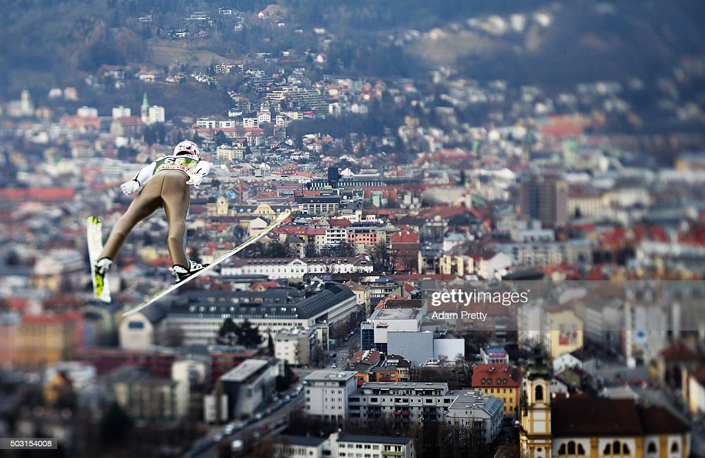 <a gi-track='captionPersonalityLinkClicked' href=/galleries/search?phrase=Severin+Freund&family=editorial&specificpeople=4780594 ng-click='$event.stopPropagation()'>Severin Freund</a> of Germany soars over Innsbruck during his qualification jump on Day 1 of the Innsbruck Four Hills Tournament on January 2, 2016 in Innsbruck, Austria.