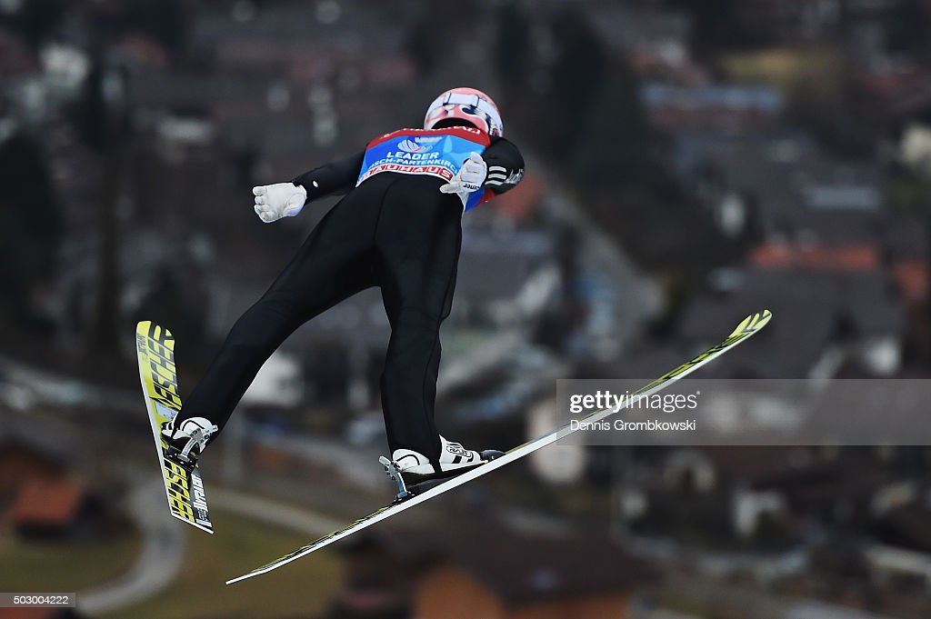 <a gi-track='captionPersonalityLinkClicked' href=/galleries/search?phrase=Severin+Freund&family=editorial&specificpeople=4780594 ng-click='$event.stopPropagation()'>Severin Freund</a> of Germany soars through the air during his training jump on Day 1 of the 64th Four Hills Tournament ski jumping event on December 31, 2015 in Garmisch-Partenkirchen, Germany.