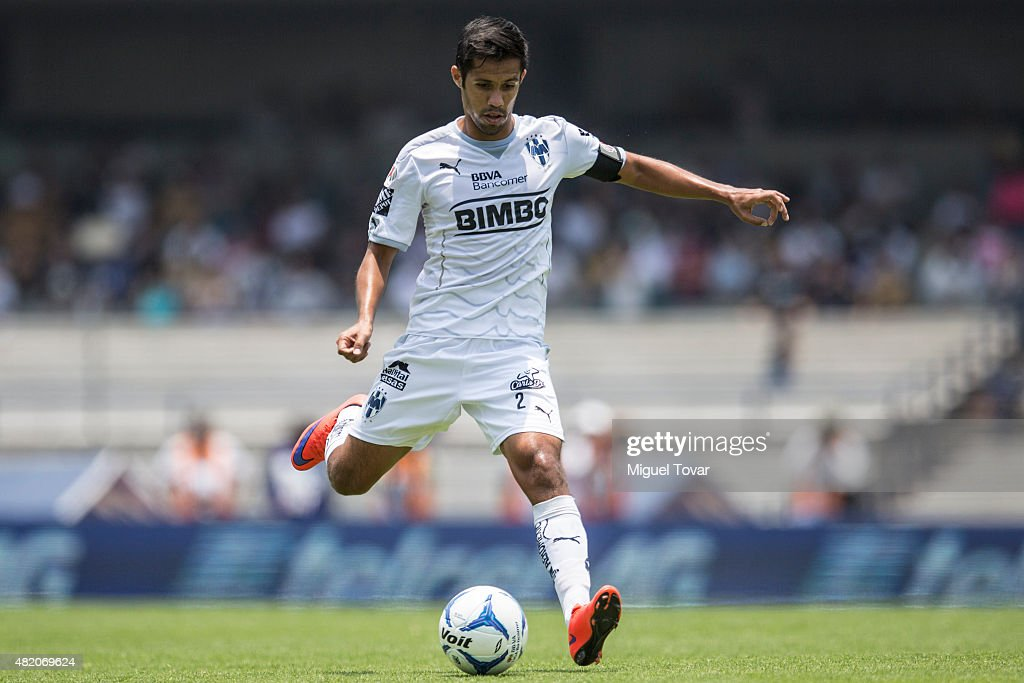 Severo Meza of Monterrey drives the ball during a 1st round match between Pumas UNAM and Monterrey as part of the Apertura 2015 Liga MX at Olimpico...