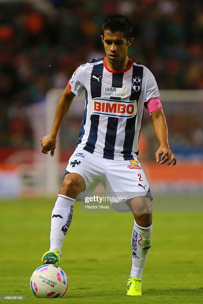 Severo Meza of Monterrey drives the ball during a match between Leon and Monterrey as part of 11th round Apertura 2014 Liga MX at Leon Stadium on...