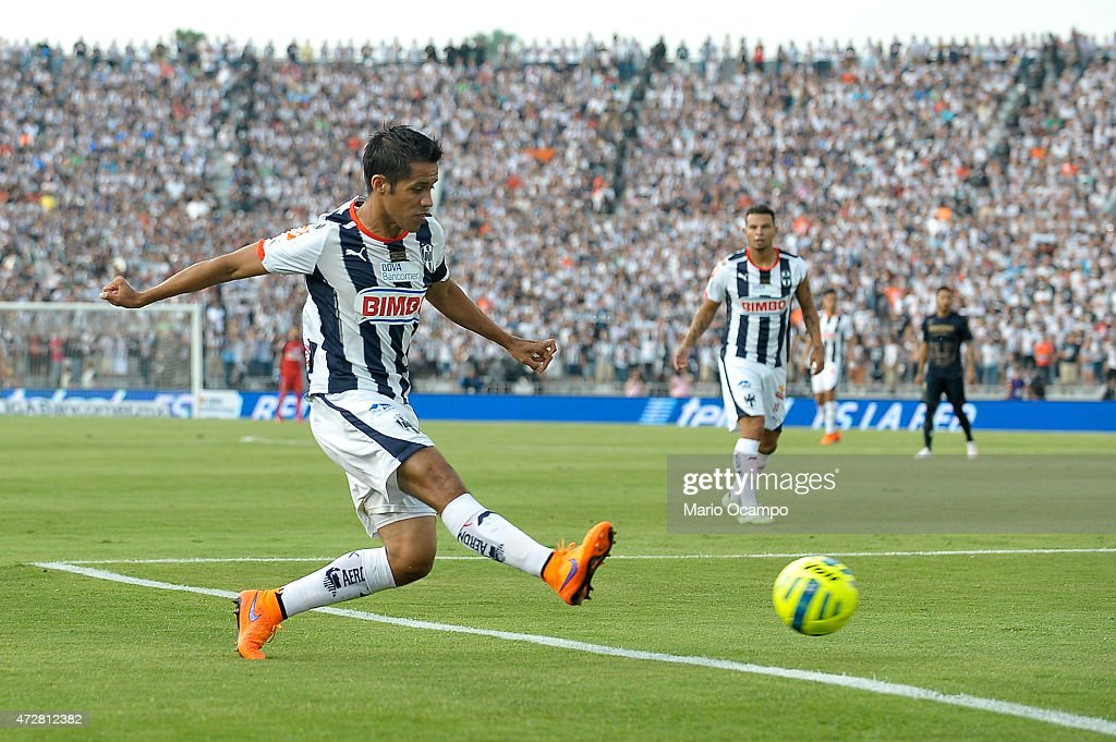 Severo Meza of Monterrey kicks the ball during a match between Monterrey and Pumas UNAM as part of 17th round of Clausura 2015 Liga MX at Tecnologico...