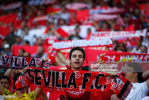 Sevilla fan displays his scarf during the UEFA Europa League Semi Final first leg match between FC Sevilla and ACF Fiorentina at Estadio Ramon...