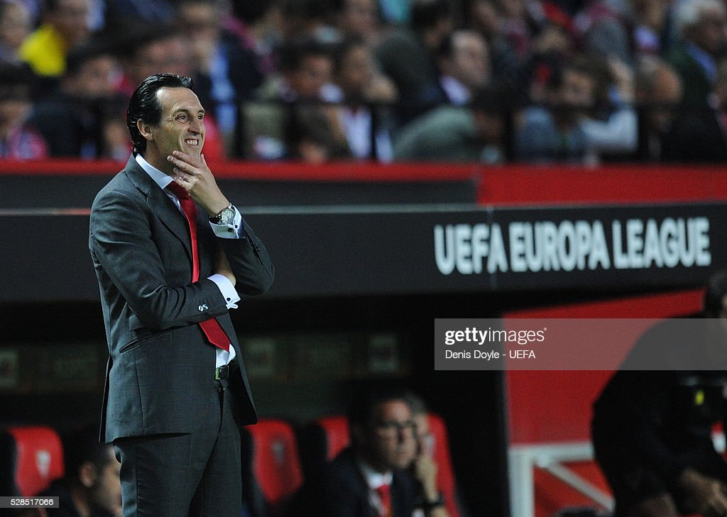 Sevilla FC manager Unai Emery looks on during the UEFA Europa League Semi Final second leg match between Sevilla and Shakhtar Donetsk at the Sanchez Pizjuan stadium on May 5, 2016 in Seville, Spain.