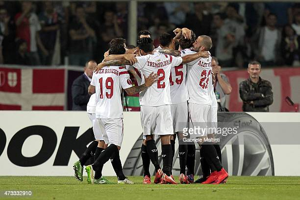 Sevilla players celebrate a goal scored by Daniel Carrico during the UEFA Europa League Semi Final match between ACF Fiorentina and FC Sevilla on May...