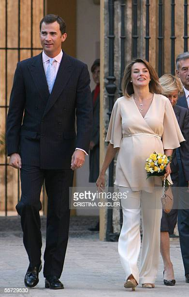 Spanish Crown Prince Felipe and his wife Princess Letizia arrive at the Alcazares in Sevilla 20 September 2005 to award the 2005 diplomas for...