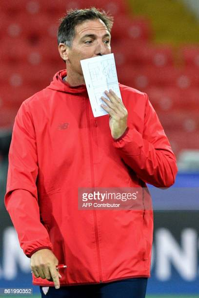 Sevilla's coach from Argentina Eduardo Berizzo leads a training session at the Otkrytie Arena stadium in Moscow on October 16 2017 on the eve of the...
