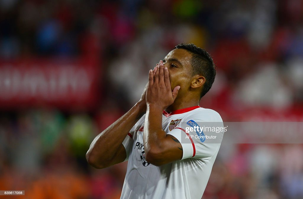 Sevilla's Colombian forward Luis Muriel reacts during the Spanish league football match Sevilla FC vs Espanyol at the Ramon Sánchez-Pizjuan in Sevilla on August 19, 2017. QUICLER