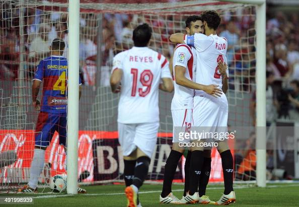 Sevilla fc v elche fc la liga photos and images getty - Vicente de la fuente ...