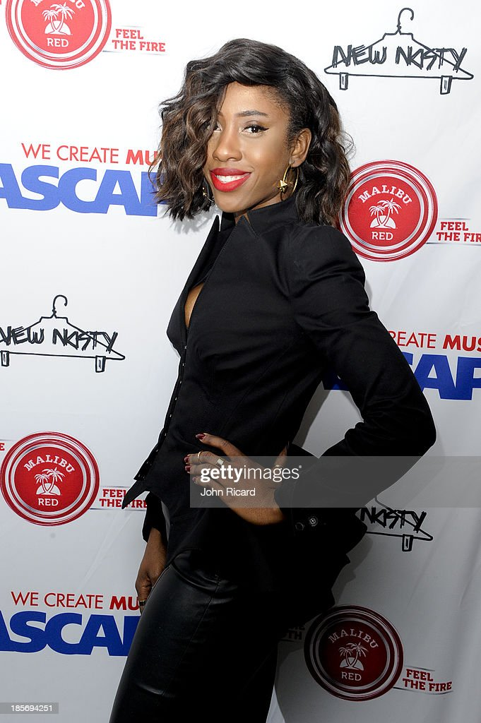 <a gi-track='captionPersonalityLinkClicked' href=/galleries/search?phrase=Sevyn+Streeter&family=editorial&specificpeople=10081619 ng-click='$event.stopPropagation()'>Sevyn Streeter</a> arrives at Women Behind The Music at Lexicon on October 23, 2013 in New York City.