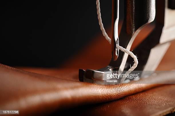 Máquina de coser con aguja