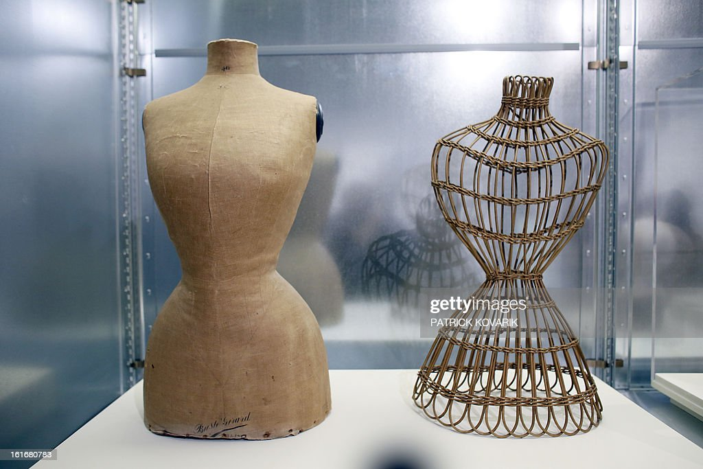 Sewing mannequins are displayed as part of the exhibition 'Mannequin, le Corps de la Mode' at the cite de la mode fashion museum in Paris, on February 14, 2013. AFP PHOTO PATRICK KOVARIK