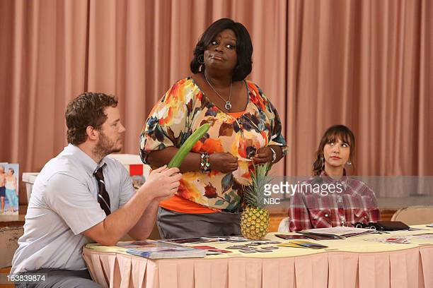 RECREATION 'Sex Education' Episode 504 Pictured Chris Pratt as Andy Rashida Jones as Ann Perkins Retta as Donna Meagle