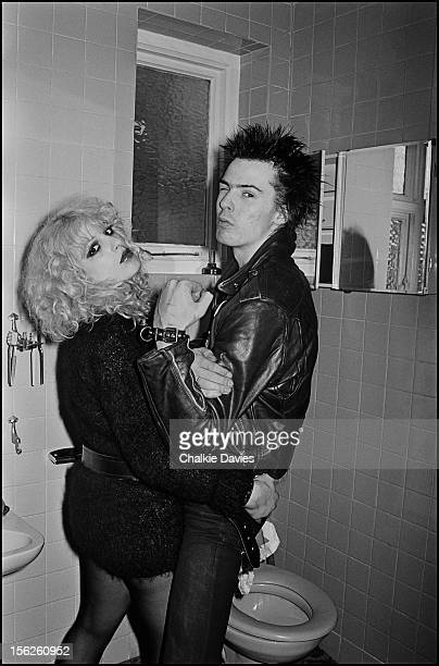 Sex Pistols bassist Sid Vicious and his girlfriend Nancy Spungen in the bathroom at the Cricklewood home of photographer Chalkie Davies London 1978