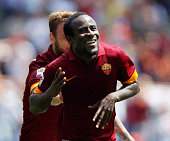 Seydou Doumbia of AS Roma celebrates after scoring the opening goal during the Serie A match between AS Roma and Genoa CFC at Stadio Olimpico on May...
