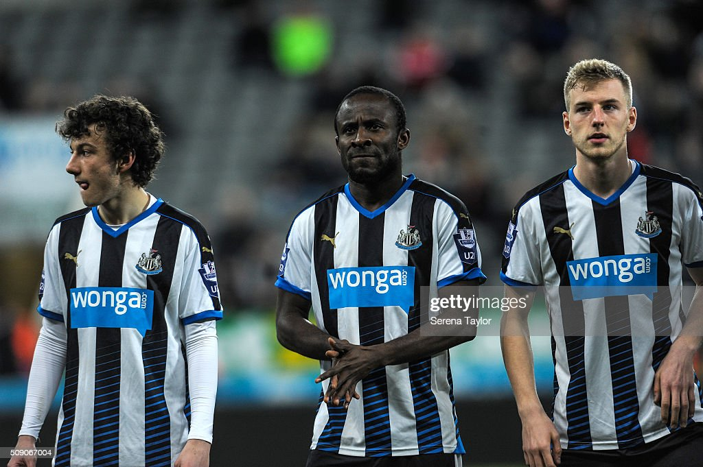 <a gi-track='captionPersonalityLinkClicked' href=/galleries/search?phrase=Seydou+Doumbia&family=editorial&specificpeople=5546505 ng-click='$event.stopPropagation()'>Seydou Doumbia</a> of Newcastle (C) lines up with teammates Callum Williams (R) and Callum Smith (L) during the Barclays Premier League U21 match between Newcastle United and Stoke City at St.James' Park on February 8, 2016, in Newcastle upon Tyne, England.