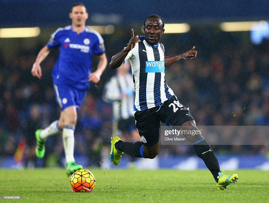 <a gi-track='captionPersonalityLinkClicked' href=/galleries/search?phrase=Seydou+Doumbia&family=editorial&specificpeople=5546505 ng-click='$event.stopPropagation()'>Seydou Doumbia</a> of Newcastle United in action during the Barclays Premier League match between Chelsea and Newcastle United at Stamford Bridge on February 13, 2016 in London, England.
