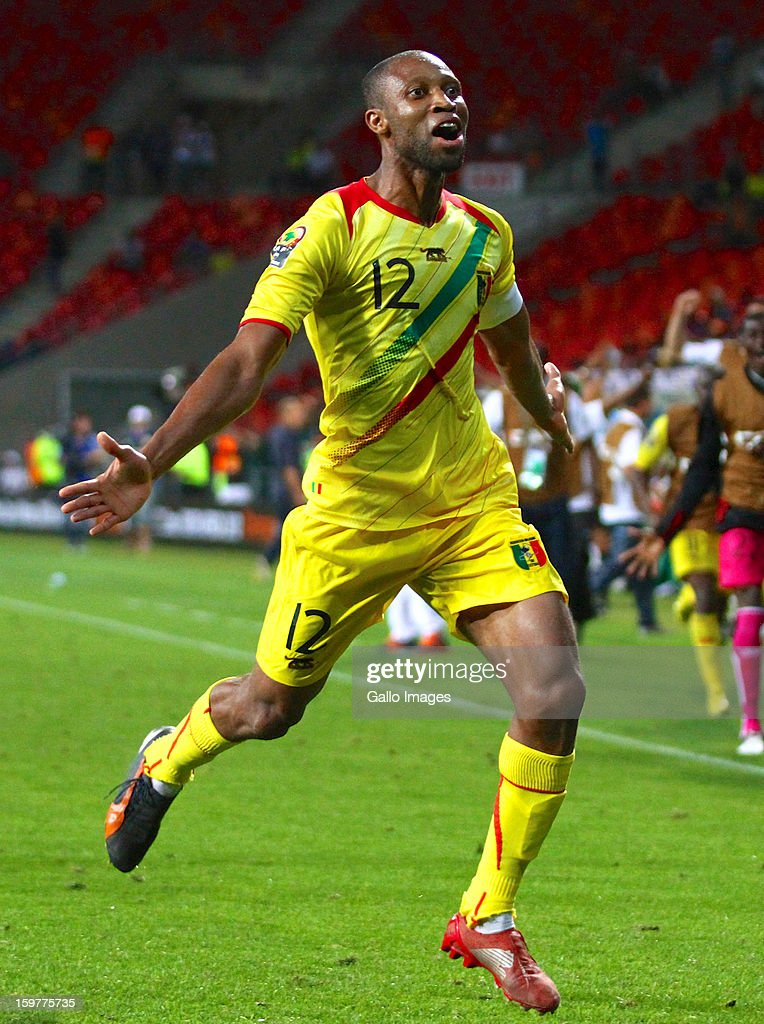<a gi-track='captionPersonalityLinkClicked' href=/galleries/search?phrase=Seydou+Keita&family=editorial&specificpeople=709847 ng-click='$event.stopPropagation()'>Seydou Keita</a> of Mali celebrates after scoring a goal during the 2013 African Cup of Nations match between Mali and Niger at Nelson Mandela Bay Stadium on January 20, 2013 in Port Elizabeth, South Africa.