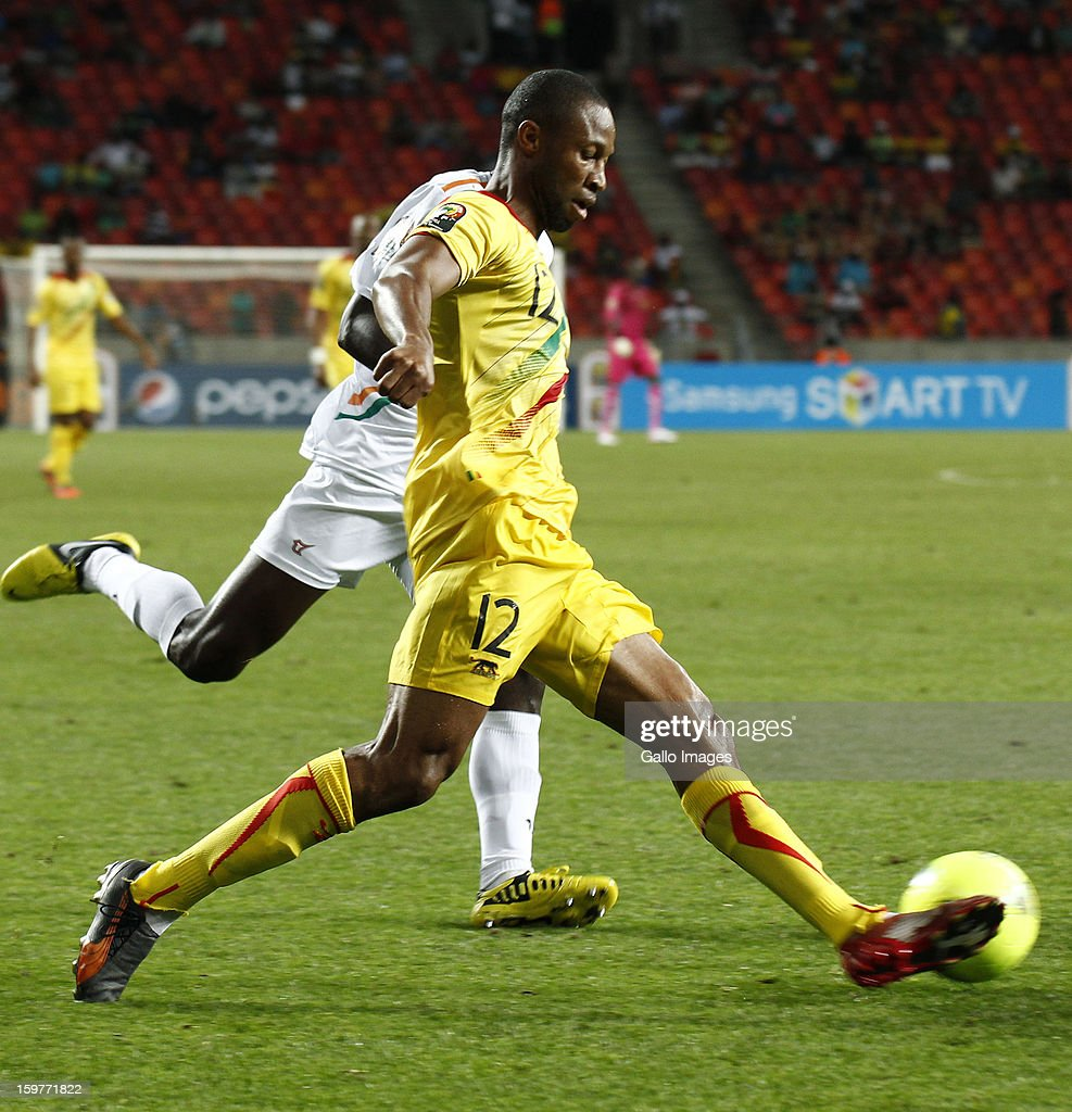 Seydou Keita of Mali in action during the 2013 African Cup of Nations match between Mali and Niger at Nelson Mandela Bay Stadium on January 20, 2013 in Port Elizabeth, South Africa.