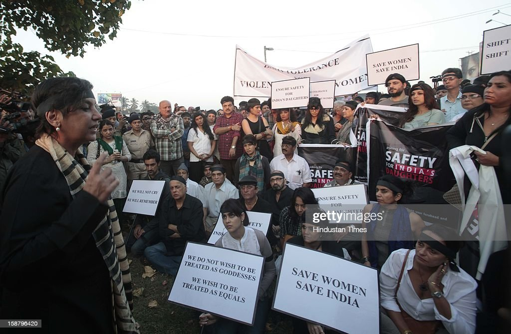 Shabana Azmi, Mandira Bedi, Mahesh Bhatt and Jenelia D'souza during protest by the Bollywood Film Industry against the Delhi rape incident at Juhuon December 29, 2012 in Mumbai, India.The girl died of injuries in Singapore hospital after brutally gang raped in a moving bus on December 16, in Delhi.