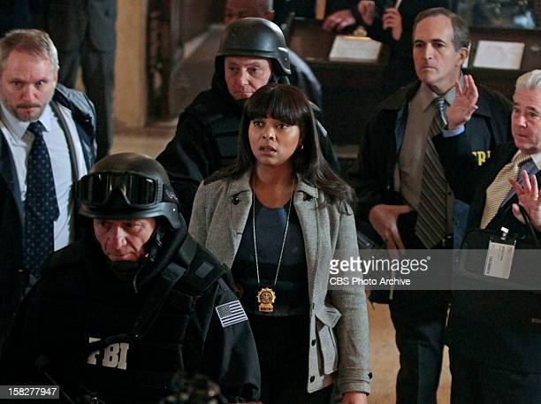 'Shadow Box' Special Agent Donnelly enlists Det Carter'™s help as he closes in on the elusive 'œMan in the Suit' at a bank on PERSON OF INTEREST...