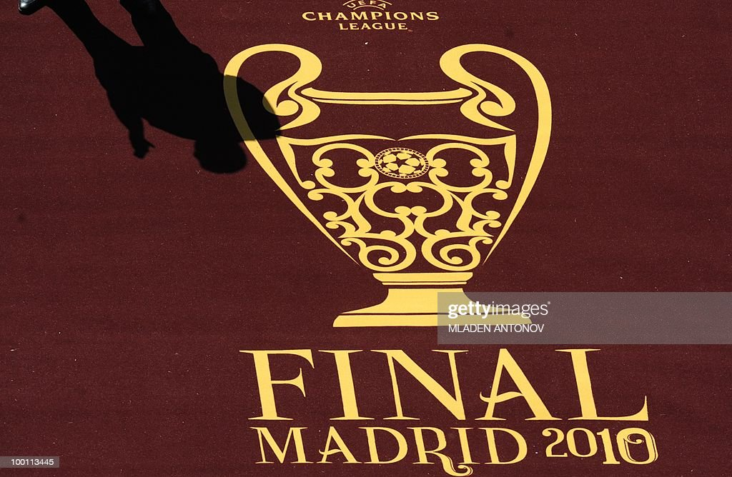 A shadow in seen on the carpet at the entrance to the pitch at the Santiago Bernabeu stadium in Madrid on May 21, 2010 on the eve of the UEFA Champions League final football match. Inter Milan will face Bayern Munich in the UEFA Champions League final match to be played at the Santiago Bernabeu Stadium in Madrid on May 22, 2010.