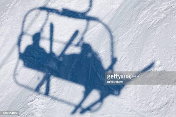 Schatten Skifahrer auf lift
