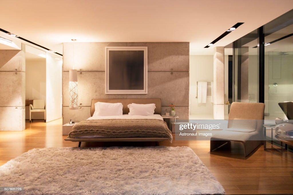 Modern Bedroom Rug: Shag Rug In Modern Bedroom Stock Photo