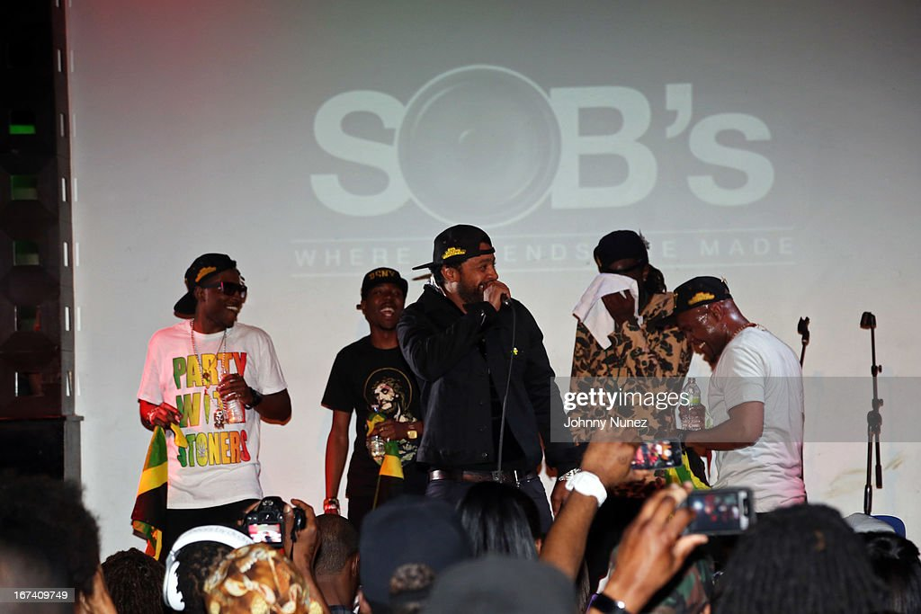 <a gi-track='captionPersonalityLinkClicked' href=/galleries/search?phrase=Shaggy+-+Singer&family=editorial&specificpeople=210859 ng-click='$event.stopPropagation()'>Shaggy</a> (c) performs at Hot 97's Who's Next Live: Reggae Edition at S.O.B.'s on April 24, 2013 in New York City.