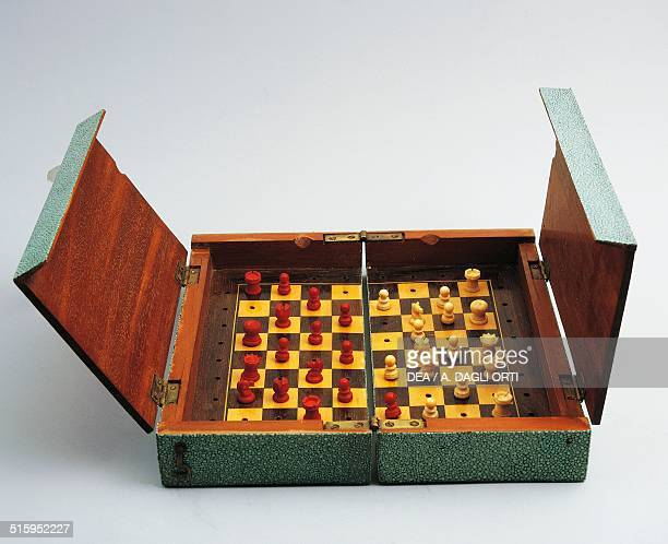 Shagreen chessboard opened Great Britain 20th century