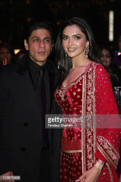 Shah Rukh Khan and Deepika Padukone attend the World Premiere of 'Om Shanti Om' at the Empire Leicester Square on November 8 2007 in London