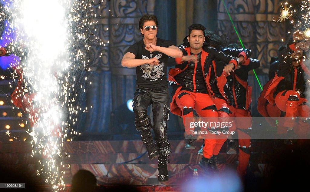Shah Rukh Khan at Colors Stardust Awards in Mumbai
