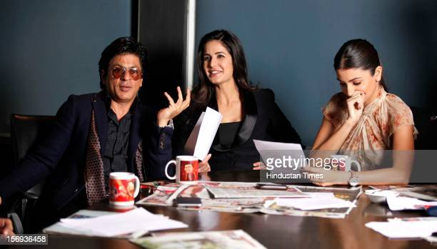 Shahrukh Khan Katrina Kaif and Anuksha Sharma attend an event to promote the upcoming film 'Jab Tak Hai Jaan' at HT House on November 11 in New Delhi...