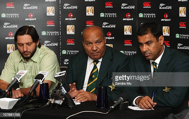 Shahid Afridi Captain of Pakistan Intikhab Alam Team Manager and Waqar Younis Coach of Pakistan field questions from the media during a Pakistan...