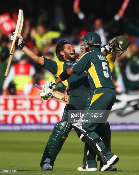 Shahid Afridi of Pakistan celebrates victory with Shoaib Malik during the ICC World Twenty20 Final between Pakistan and Sri Lanka at Lord's on June...
