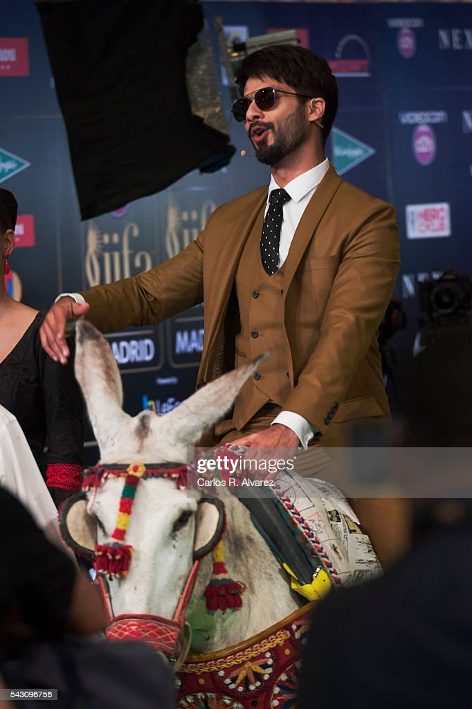 <a gi-track='captionPersonalityLinkClicked' href=/galleries/search?phrase=Shahid+Kapoor&family=editorial&specificpeople=2311983 ng-click='$event.stopPropagation()'>Shahid Kapoor</a> attends the 17th IIFA Awards (International Indian Film Academy Awards) at Ifema on June 25, 2016 in Madrid, Spain.