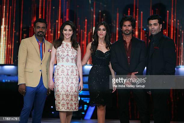 Shahid Kapoor Madhuri Dixit Ileana D'Cruz Karan Johar and Remo D'Souza on the sets of Jhalak Dikhla Jaa in Mumbai