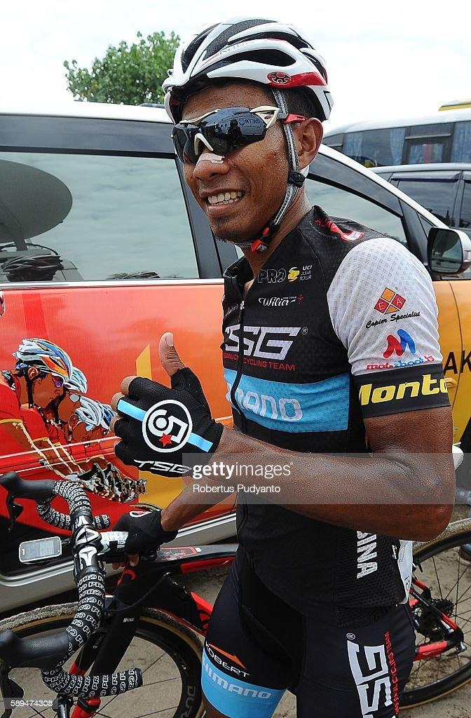 Shahrul Mat Amin of Terengganu Cycling Team reacts after winning stage eight of the 2016 Tour de Singkarak Bukittinggi Padang 146 km on August 14...